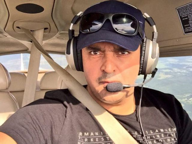 Fakhr-e-Alam to pilot a plane and on the verge of setting a world record!