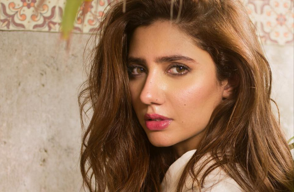 Introducing the #whenitsoverchallenge by Mahira Khan